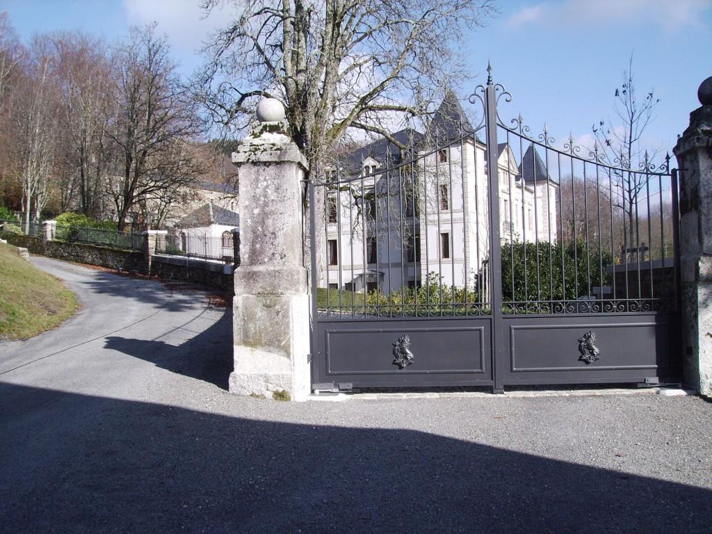 Portail Bouzac